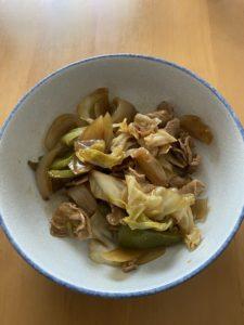 ヨシケイ沖縄お試し中!メイン「回鍋肉」と副食「餃子」を作りました~♪