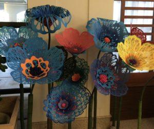 切り絵の花(珊瑚花)を作りたくキッドを購入しました。