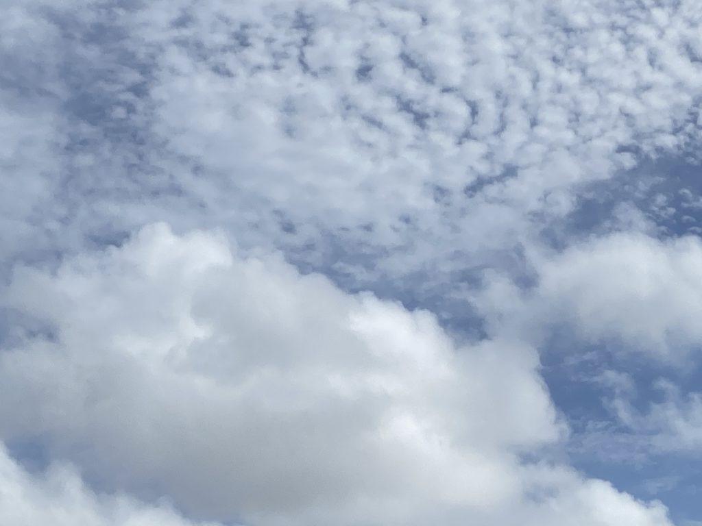 沖縄の青空をパチリ、最近写真を撮る事が楽しい~(^o^)