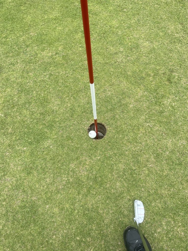 沖縄のゴルフ場付きホテル【本部グリーンパークホテル】でゴルフをしました。